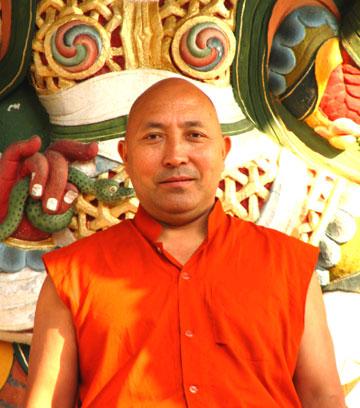 Lama Karma Chodrak